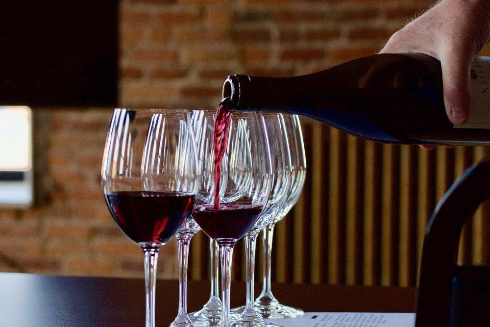 neyers-wine-tasting-village-wine-Effingham-3.jpg