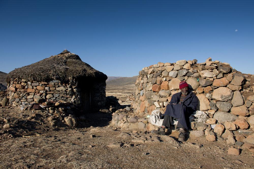 LESOTHO - Kingdom in the Sky