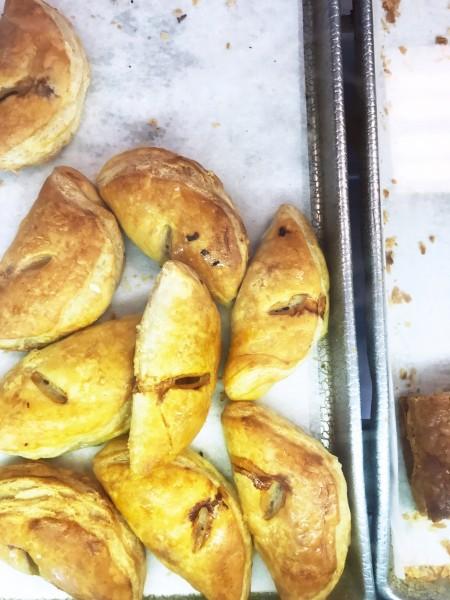 b2ap3_thumbnail_lucerne-cuban-bakery-miami-3.JPG