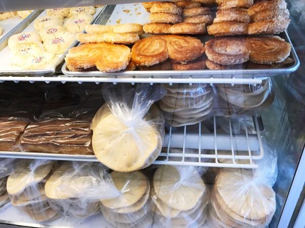 b2ap3_thumbnail_lucerne-cuban-bakery-miami-9.JPG