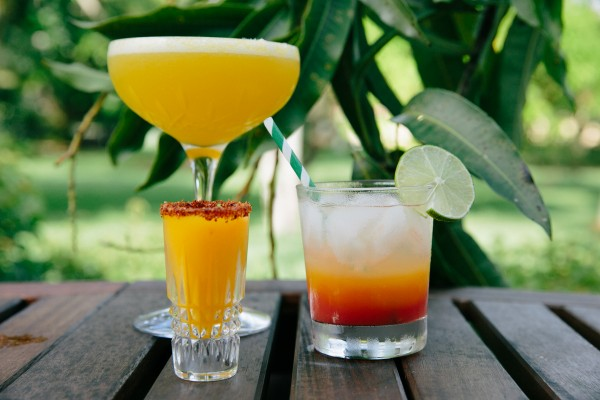 b2ap3_thumbnail_mango-cocktail.jpg