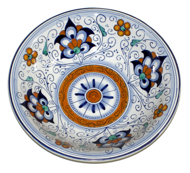 Maiolica in a traditional pattern made in Faenza