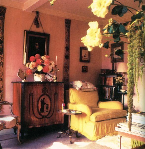 Sitting room at Hunting Lodge