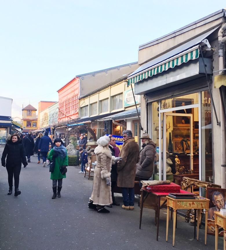 Paris-Flea-Market-Street-scene.jpg