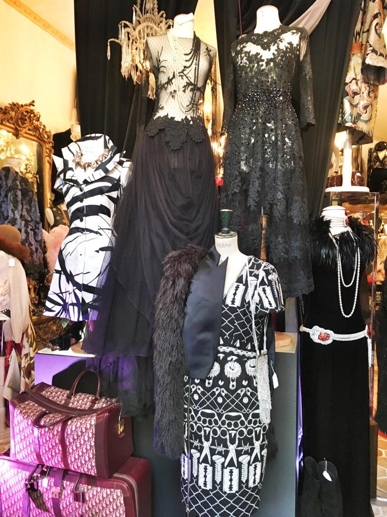 Paris-Flea-Market-fashion.jpg
