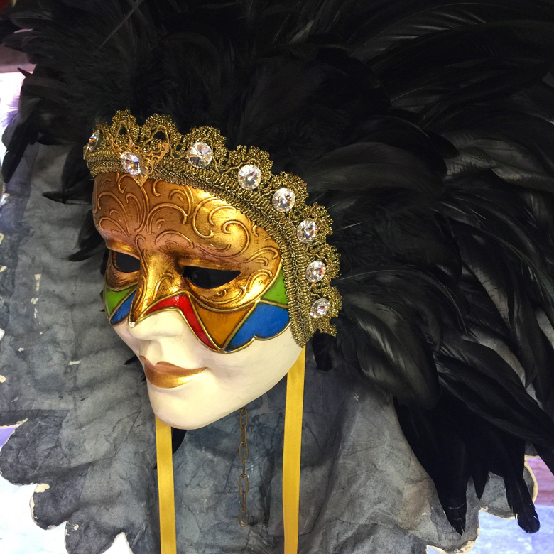 venetian-woman-mask-and-feathers.jpg