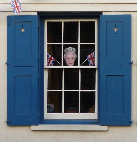 BlogTour-London-Waving-the-Flag.jpg