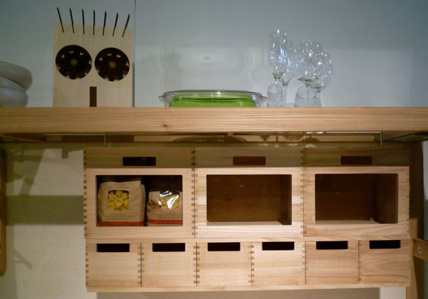 Dovetail joints at edge of kitchen units
