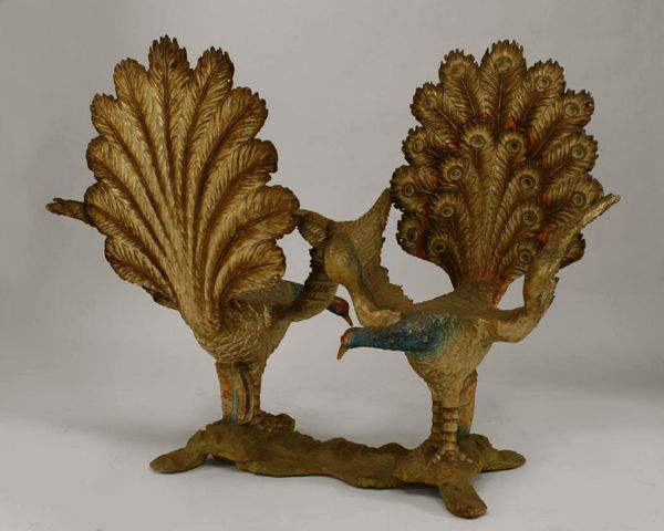 Italian Venetian style (19th cent.) carved and polychromed double peacock design