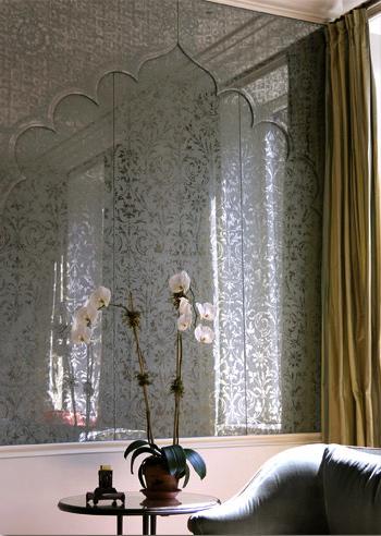 Moorish wall panels done in verre eglomise by Miriam Ellner