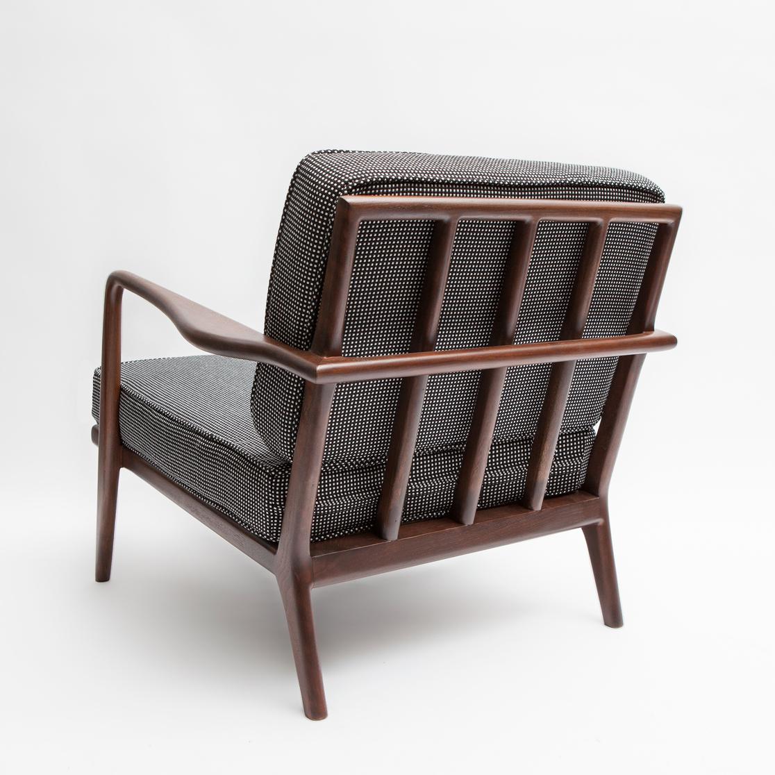Smilow_WAC33-Lounge-Chair-r_M