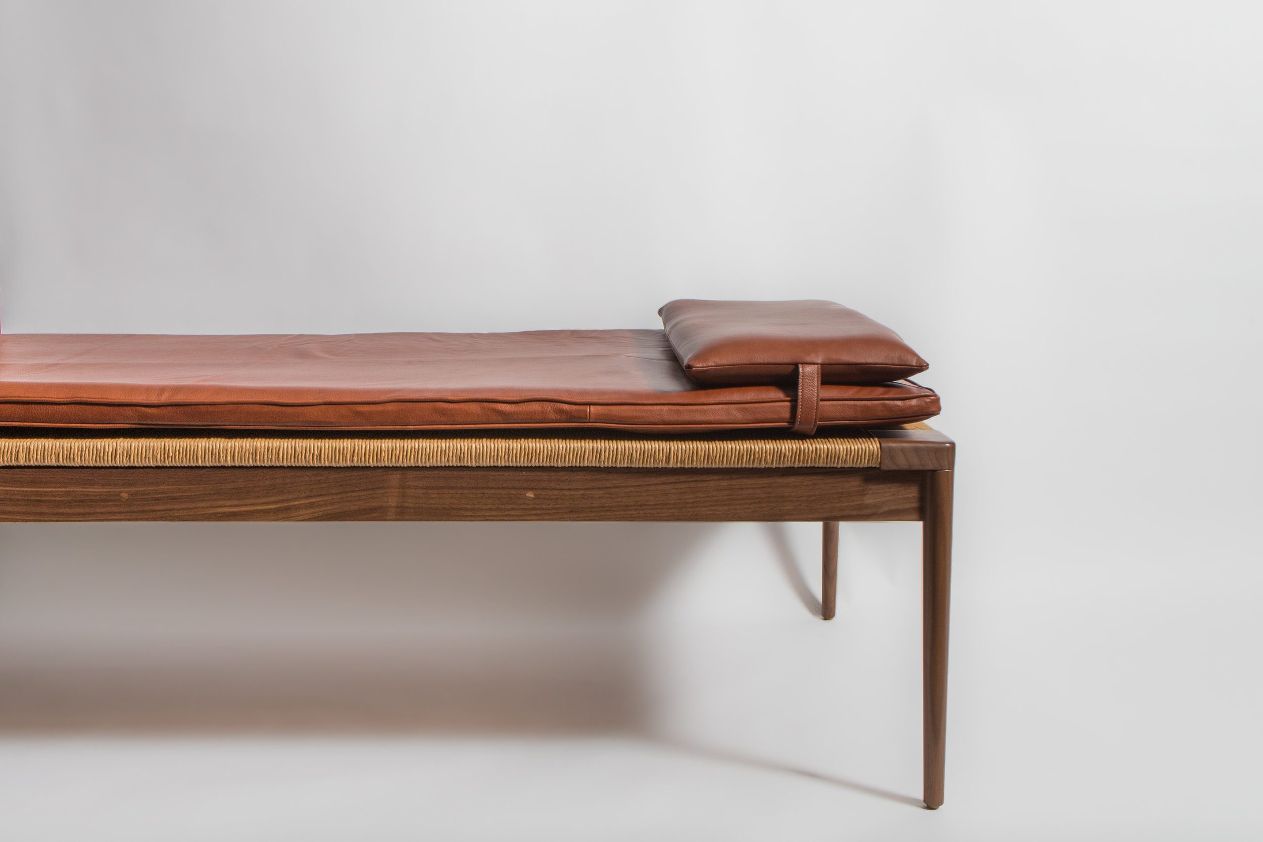 Smilow_DayBed_001
