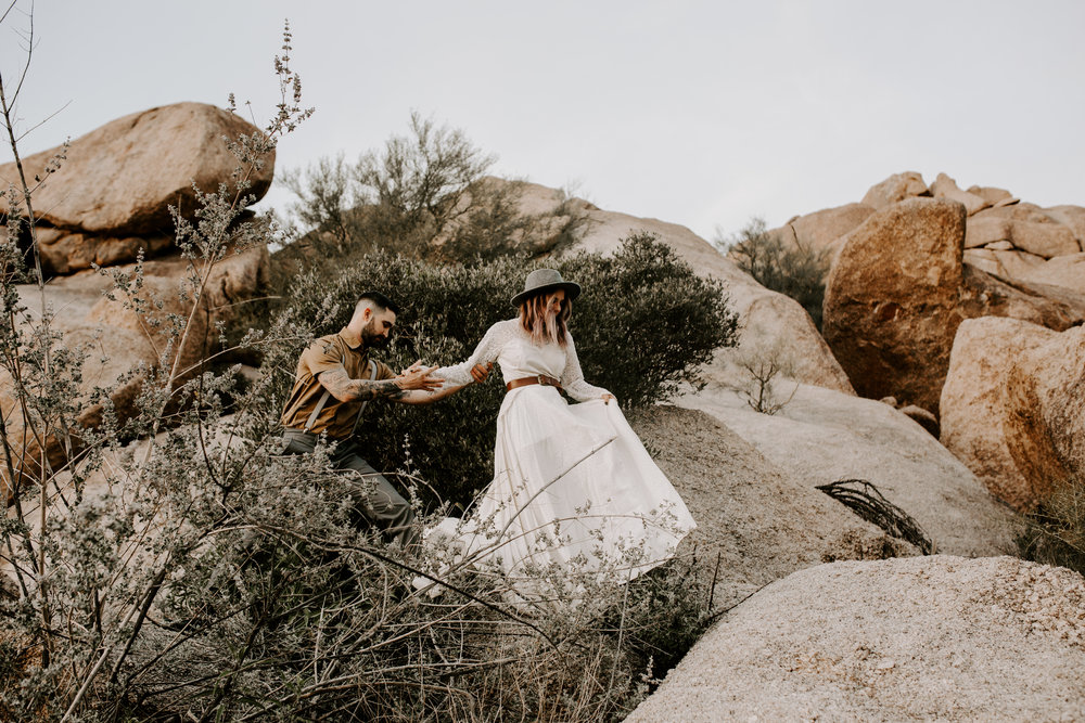ELOPEMENTS - Do you want to run away with your Partner, do things completely your own way? Do you have some wild ideas about getting married somewhere in the desert or around HorseShoe Bend? I can't wait to hear all of them and document you and your Story!