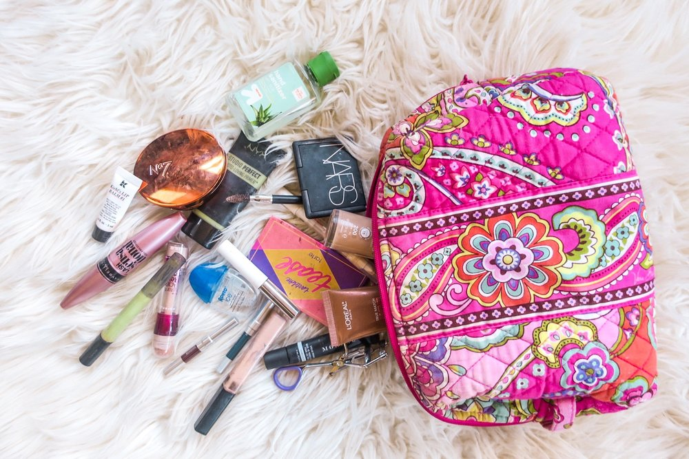My makeup bag says a lot about me. It's not only full of some of my favorite products but filled with the products that make me feel good and confident everyday. That's really what makeup should be about. No one NEEDS makeup, but when you decide to wear it, it should make you feel your best. Below are the products that I wear day to day that give my confidence.