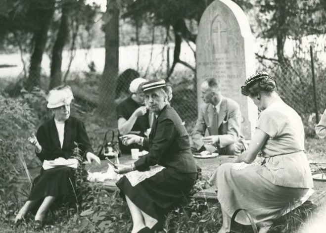 During the Victorian Era, cemeteries became popular sites for picnics and other family gatherings. The use of remote family plots persisted into the early 1900s in rural areas. In larger communities like Laconia, Concord, and even Alton and Wolfeboro, there were established central burial places for the community's dead.