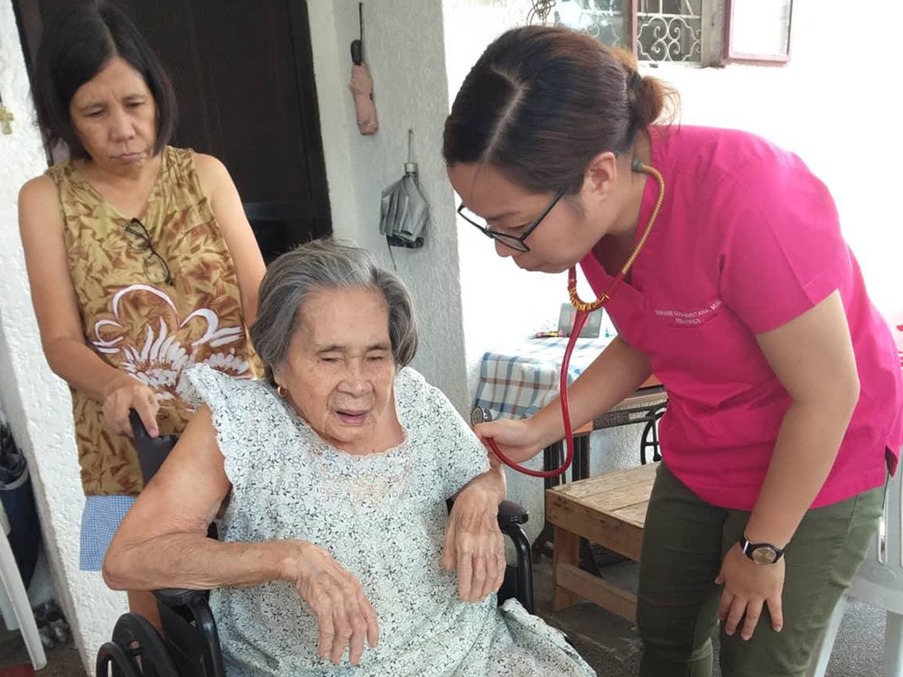 CARE ENCOUNTERS - We bring dignity and hope to the marginalized elderly and those who need continuity of care in the comforts of their homes. Through the generosity of our donors and partners, the TRF team makes regular, scheduled visits to our patients providing them with various services.