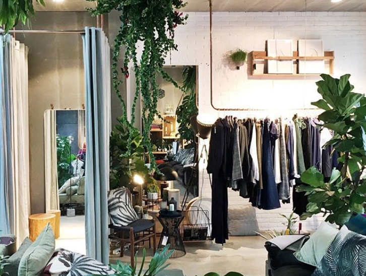 FELICE HOME OF BRANDS - At Felice Home of Brands, you'll find a fine selection of fashion, interior design and lifestyle products. This beautiful store (just a few doors down from Verse) now stocks a nice selection of Fair Fashion brand People Tree!Gerard Doustraat 88, Amsterdam