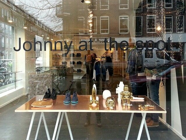 JOHNNY AT THE SPOT - Started as a small fashion shop in the beginning of 2005, Johnny at the Spot now is a household name in the city, offering a wide collection of fashion for both men and women, design, accessories and living. Find a fine sustainable selection of for example; Knowledge Cotton Apparel, Nulla Nomen & People Tree.Jan Pieter Heijestraat 94, Amsterdam West