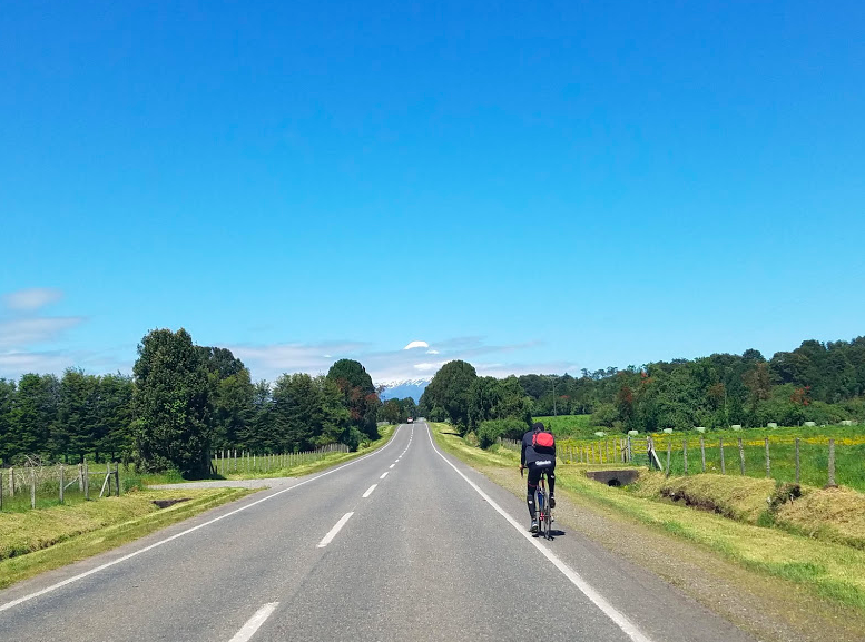 cycling chile open roads