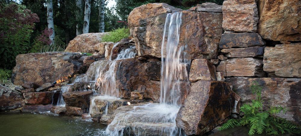 Pond & Waterfall Pumps