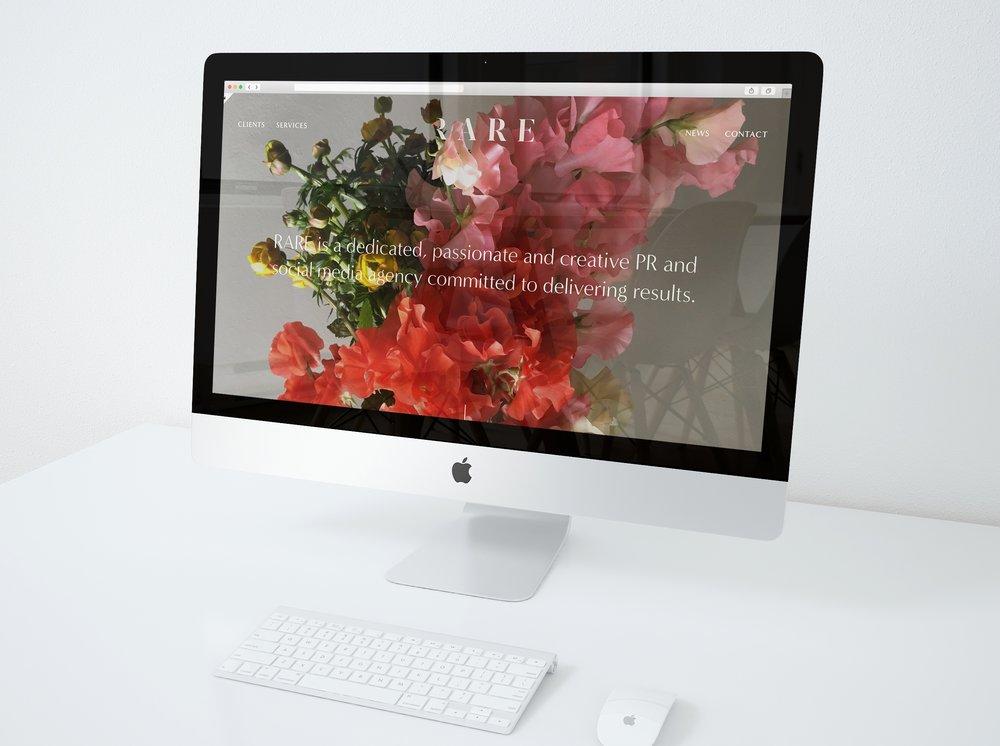 iMac-mockup-on-desk-10+%281%29.jpg