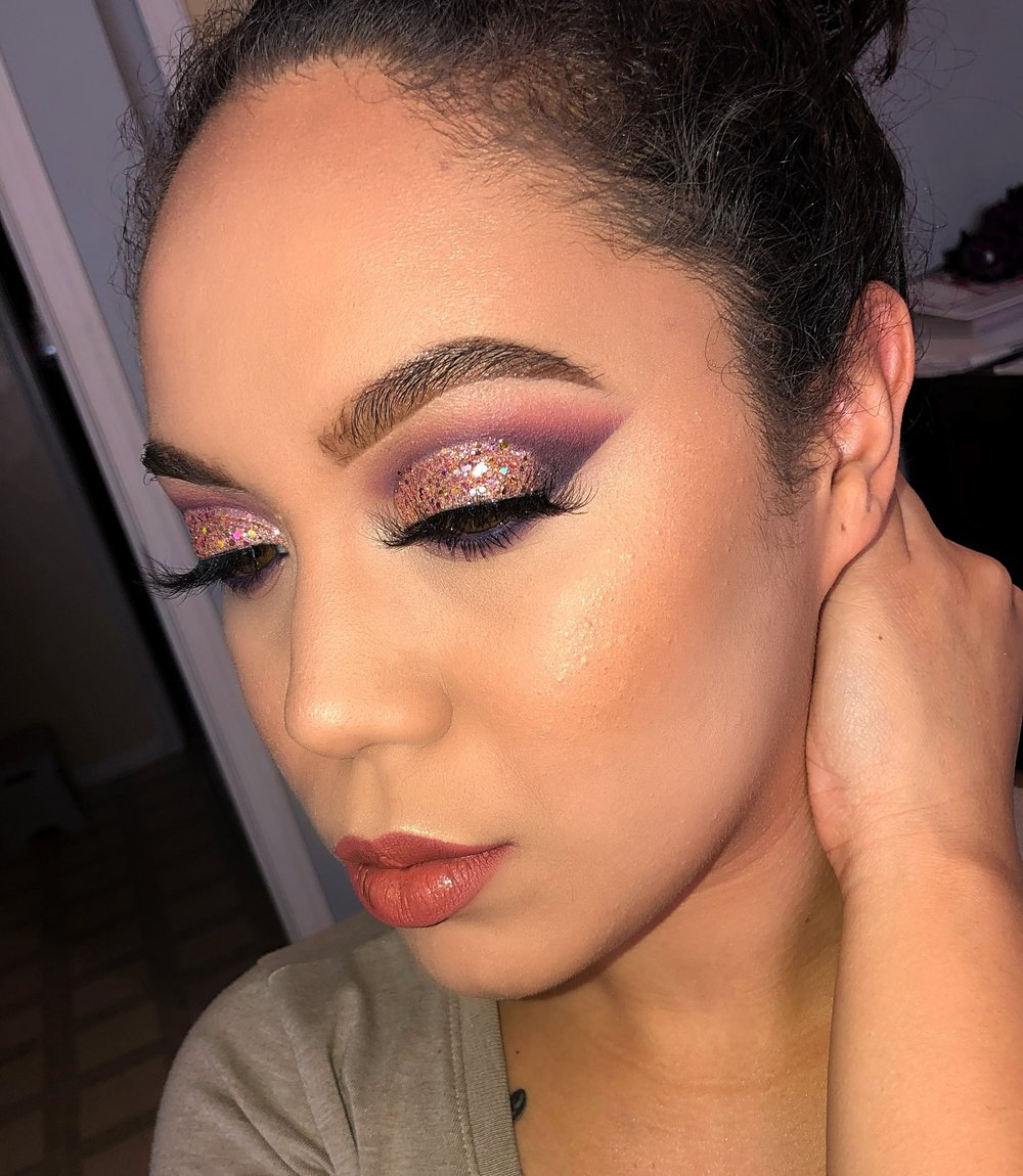 """@beautiiwithrose - Discount Code:""""rosevmua""""I started when I was modeling 8 years ago I had to learn how to do my own makeup. What motivates me is being able to teach others my techniques and make others feel beautiful when I do their makeup. Always follow your dreams and never give up.-Rose"""