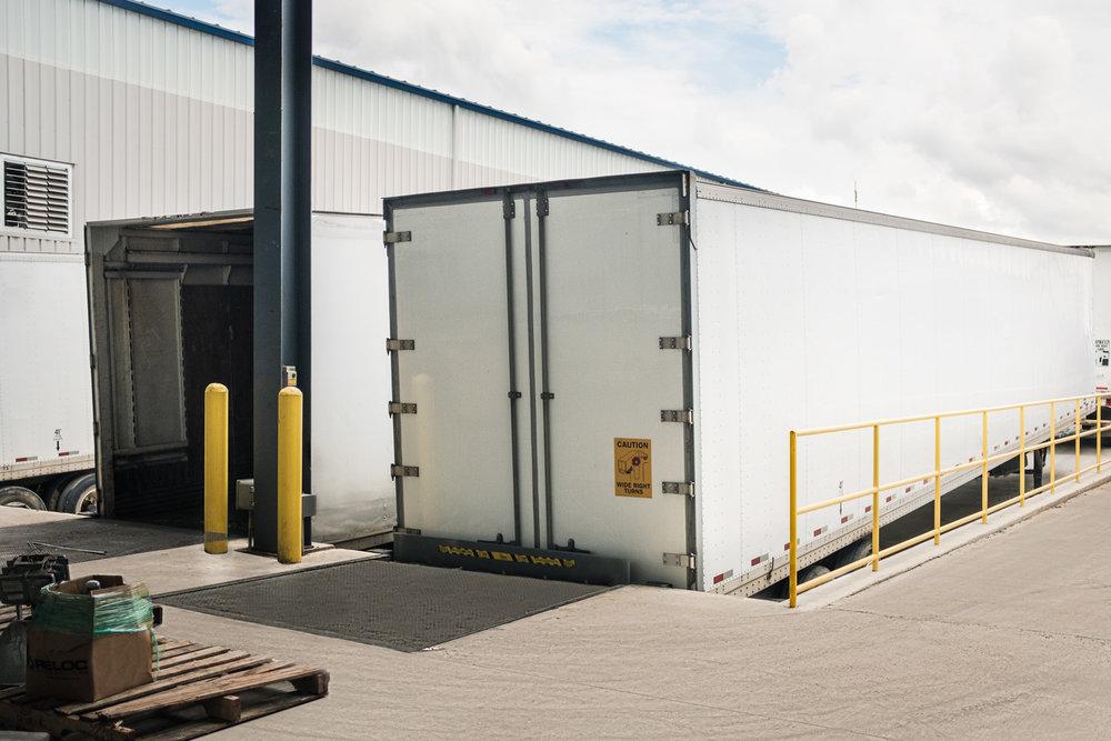 dry-van-shipping-0518-Edit.jpg