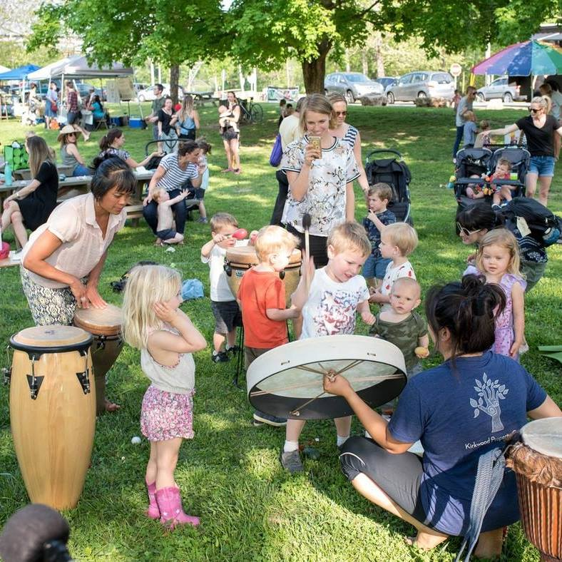 East Nashville Farmers Market 2018 / Chrissy showing drumming to kiddos!
