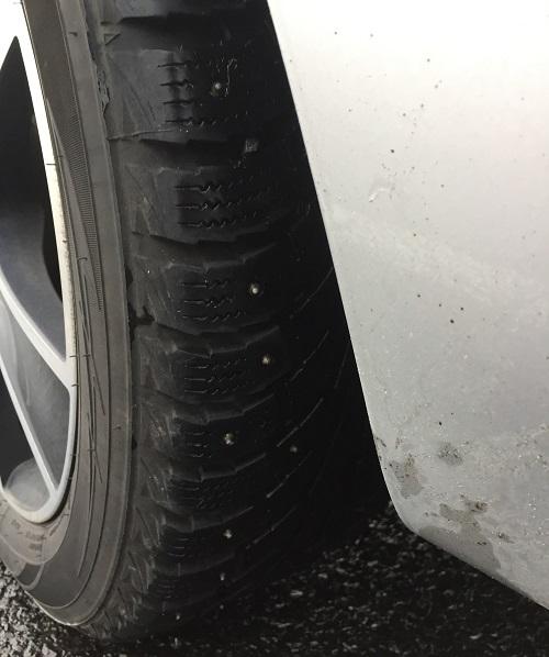 Studded_tyres.jpg