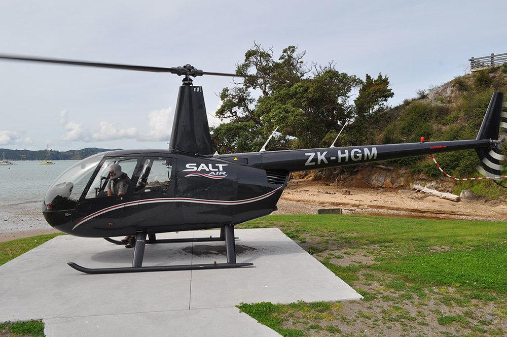 NewZealand-SaltHelicopterPreparingfortakeoff.jpg