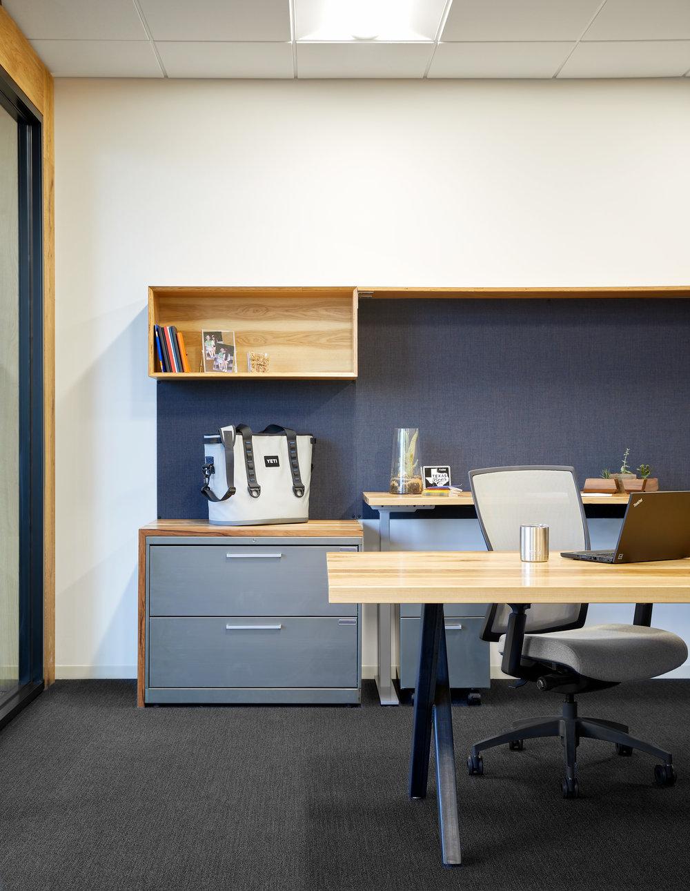 HIPAU_YETI_CEO Office_Baldinger_170714.jpg