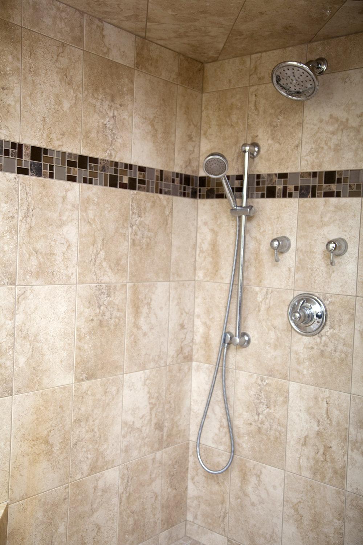 shower corner.jpg