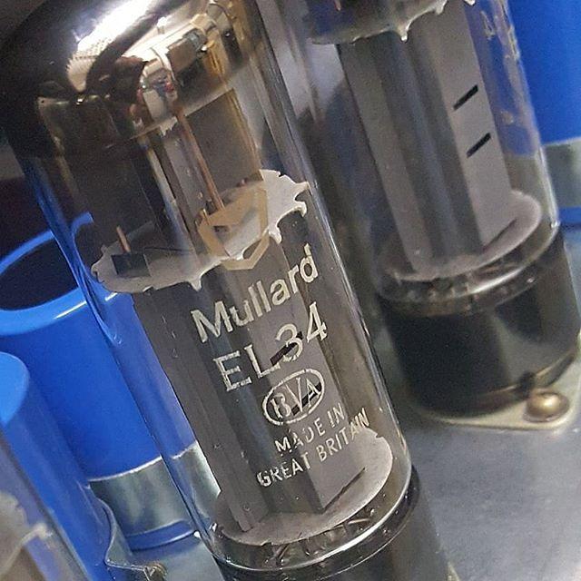 NARB  glass... #NOS  #mullard  #xf2 #superlead  #el34  #ecc83  #experiencehendrix  #afro