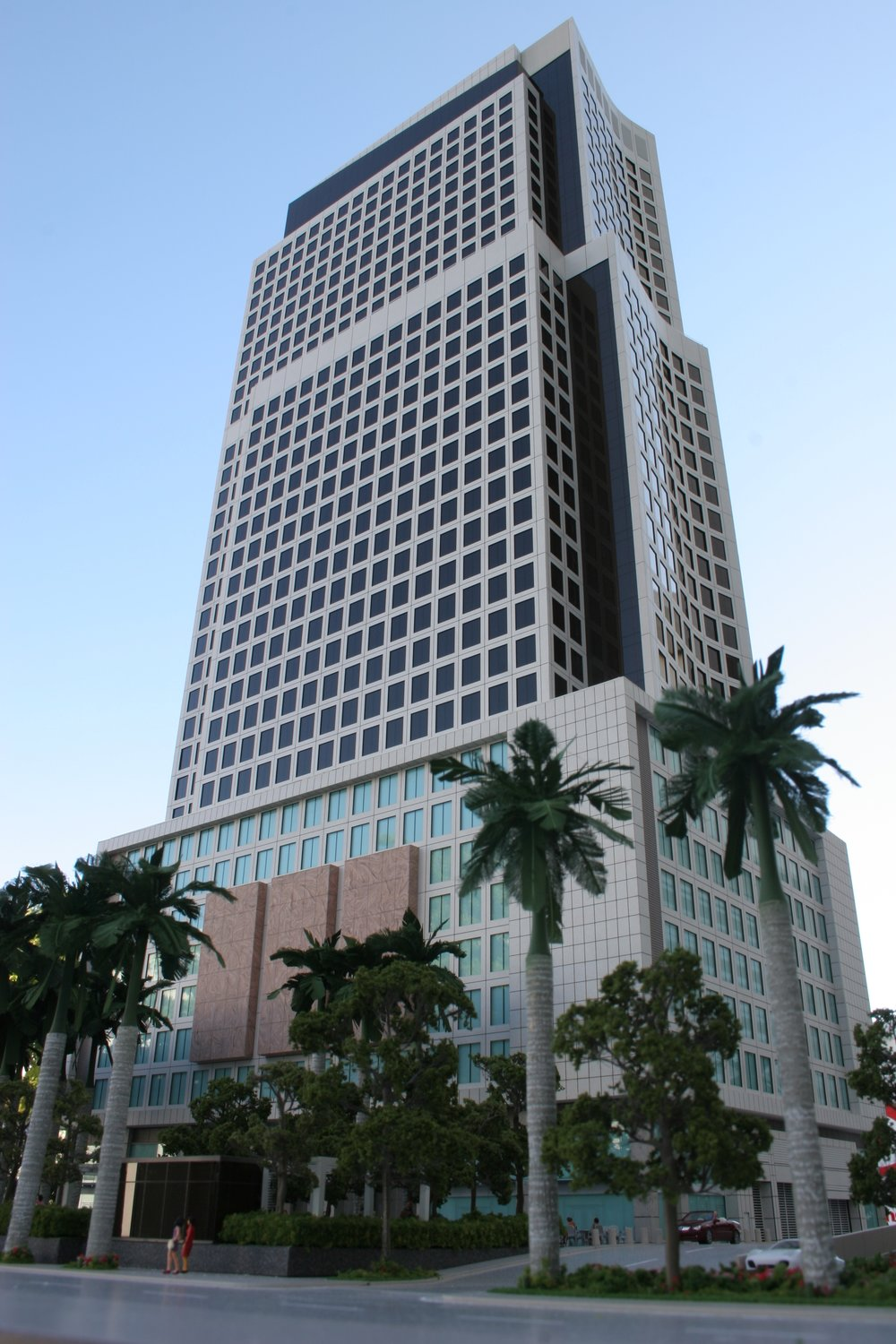 Brickell World Plaza | Developer: Foram Group | Architect: RTKL Associates Inc.