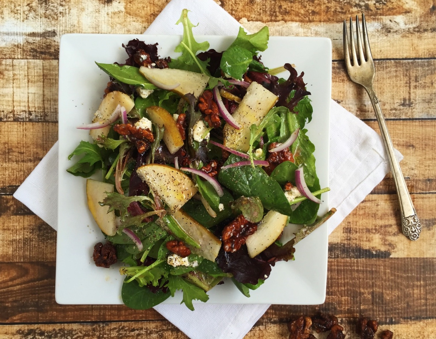 Mixed Greens with Pear, Goat Cheese, and Walnuts