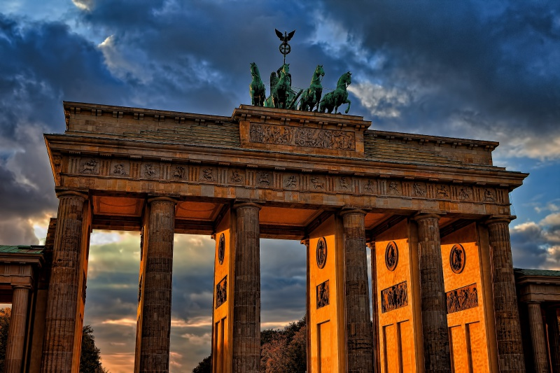 <p>Study in Germany<i>Learn More →</i></p>