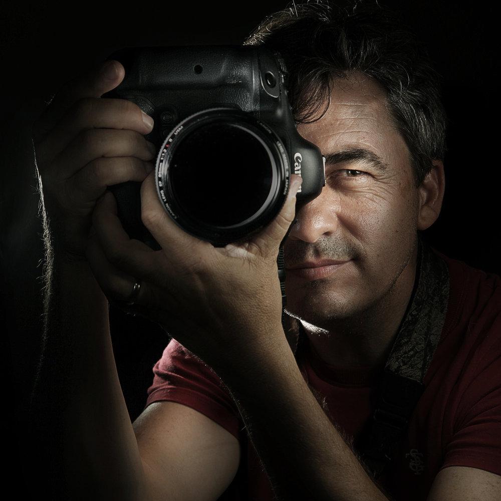 Stuart Thomas self portrait