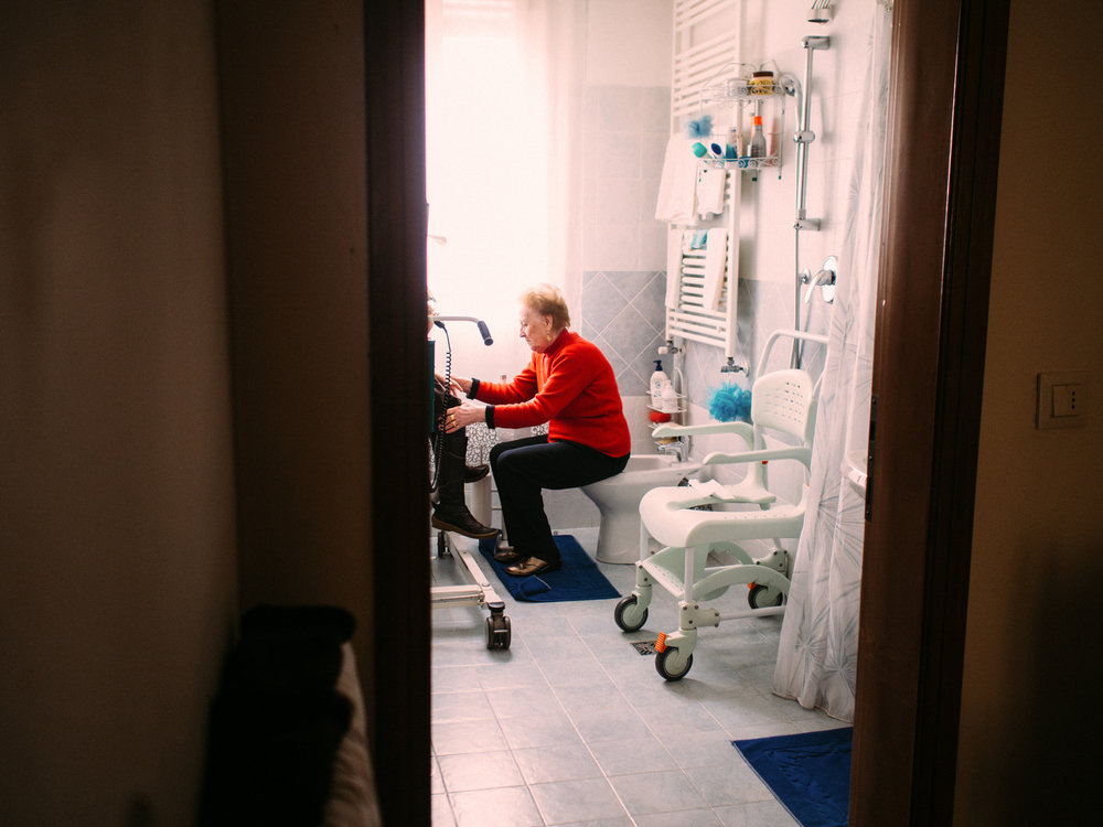 Her daily life is mostly made possible by her elderly mother. Even something seemingly easy, like going to the toilet, takes many minutes of preparation.