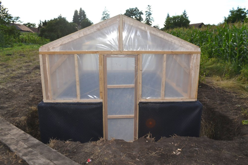 Sunken (Insulated) Poly Tunnel