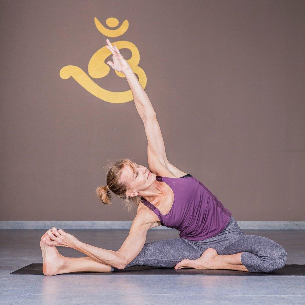 Yoga-Unterricht dehnen