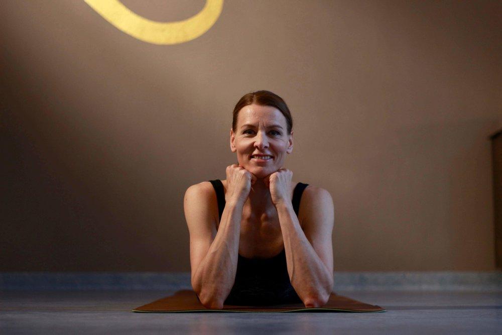 selma-portrait-yoga-academy-salzburg.jpg