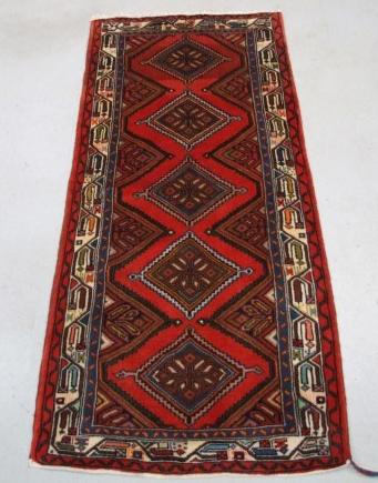 Traditional Chenar Runner    Size Measurements: 170cm x 76cm