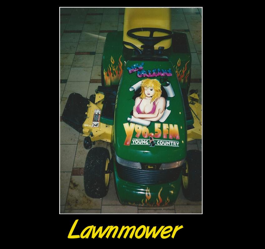 lawbmower.jpg