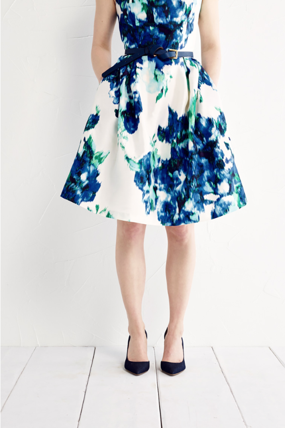 LR-FLORALDRESS_0244_PNG.png