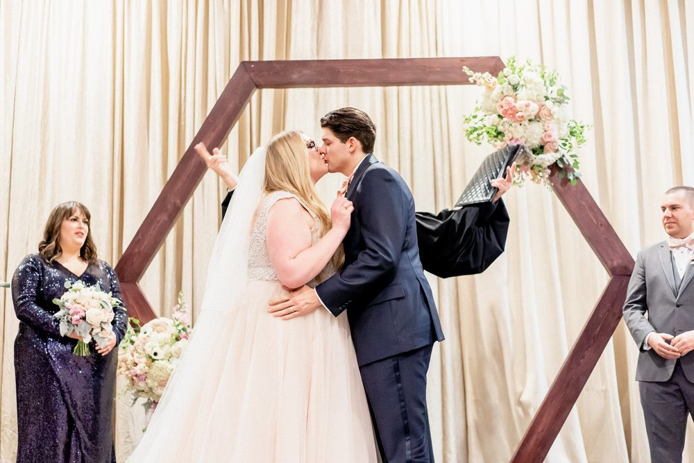 Couple: Corrie & Jeremy   Photographer:  Jesse Speelman