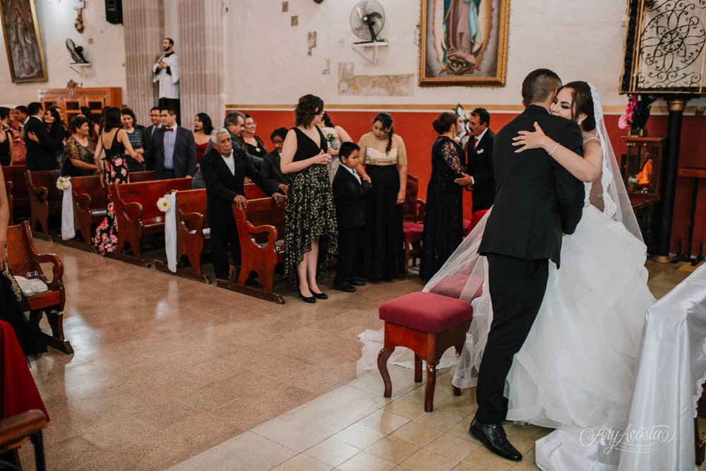 yazmin_ernesto_wedding-256.JPG