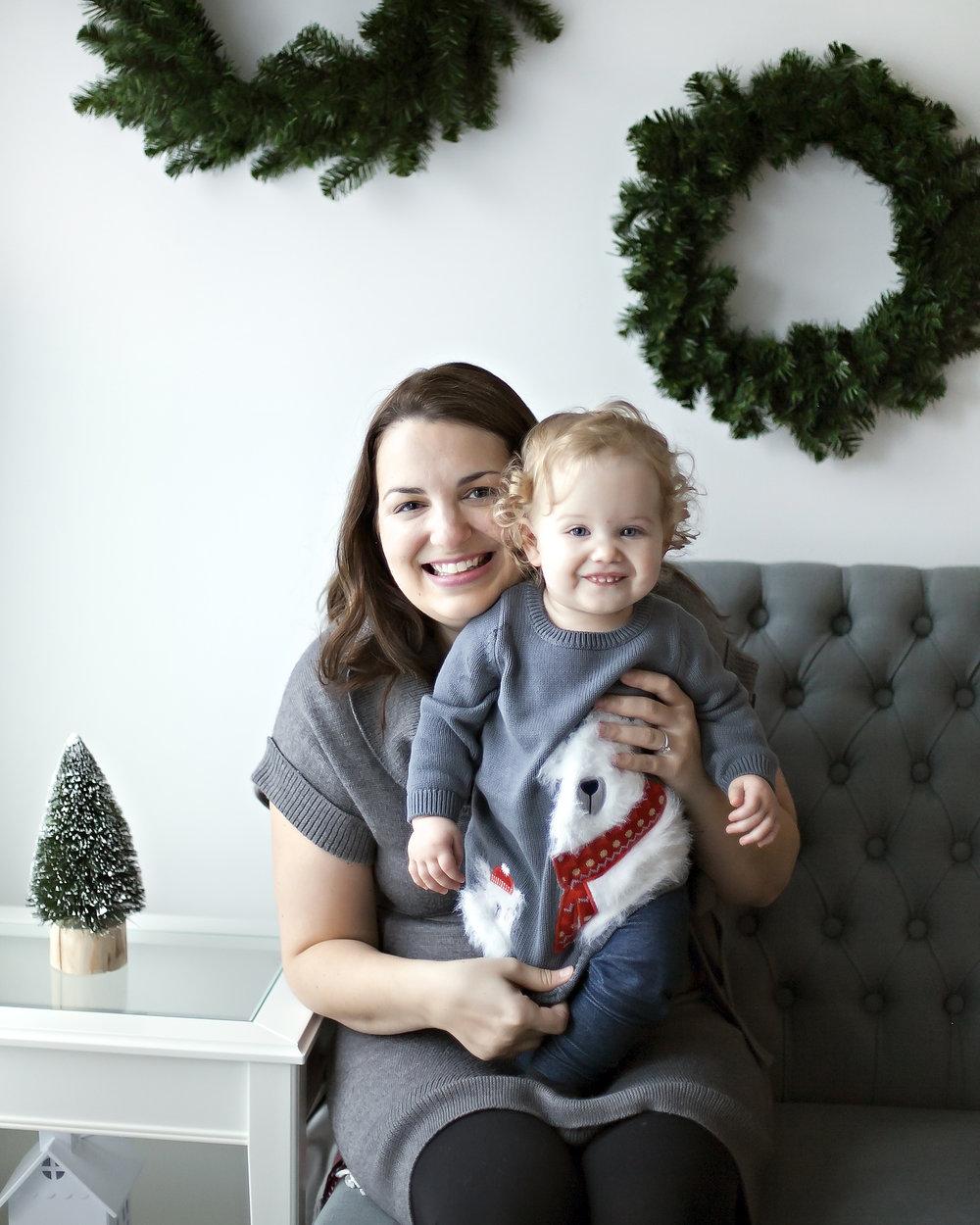 Mother_Daughter_Christmas_Photograph_Petra_King_Photography
