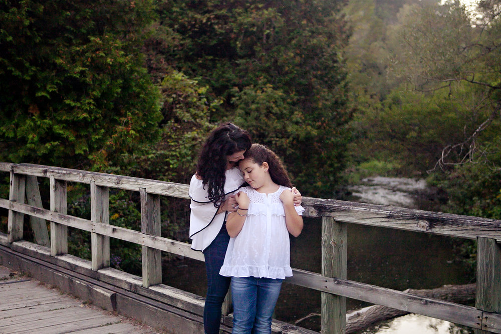 Oshawa_Mother_Daughter_Portrait_Photographer_Petra_King_Photography