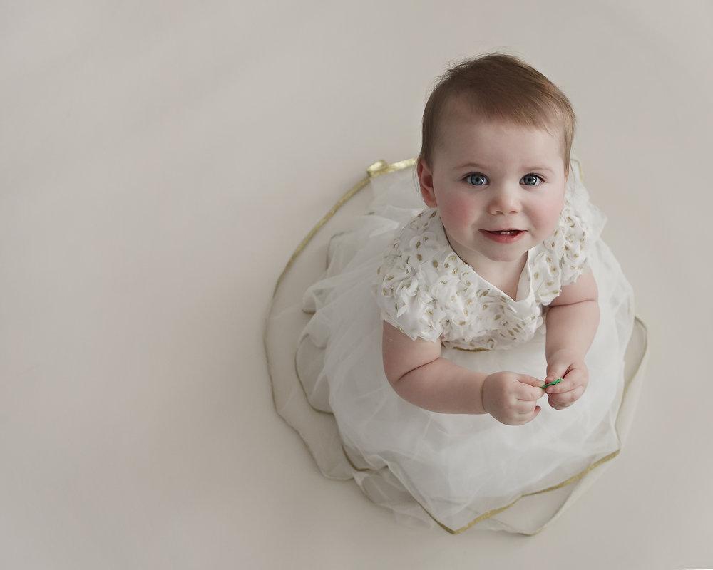 Oshawa_Baby_Milestone_Photographer_Petra_King_Photohraphy
