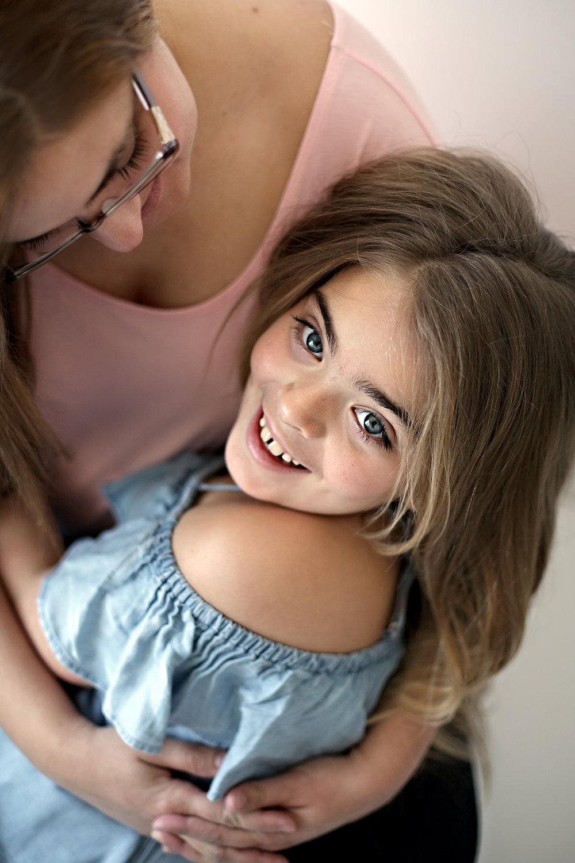 Pickering_Motherhood_Portrait_Studio